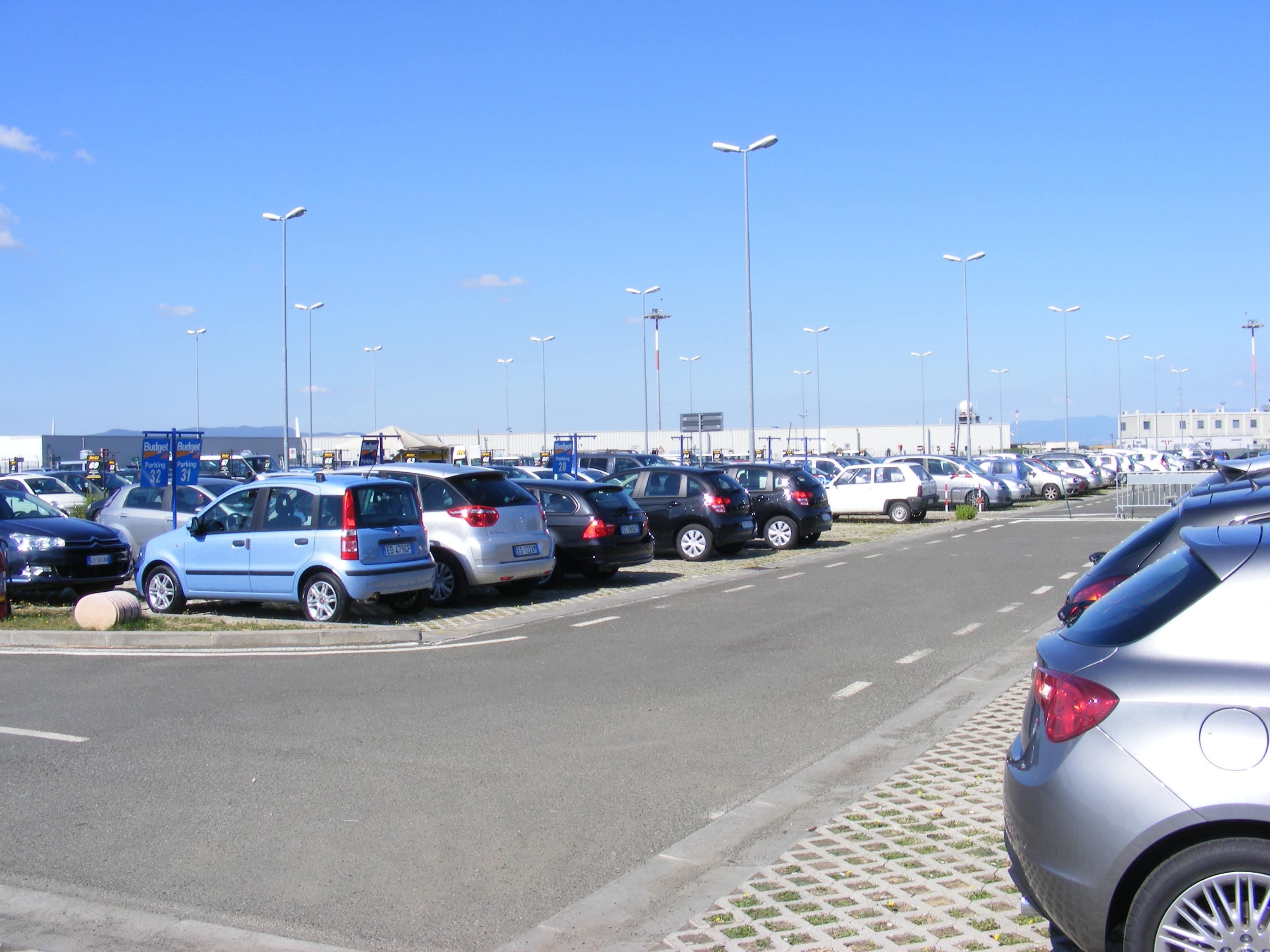 aeroporto_di_firenze_-_parking_lot_for_rental_cars