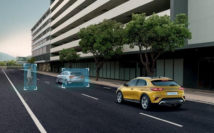 קיה אקסיד רכב בטיחותי וספורטיבי
